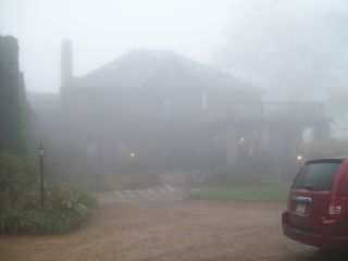 Foggy Inn